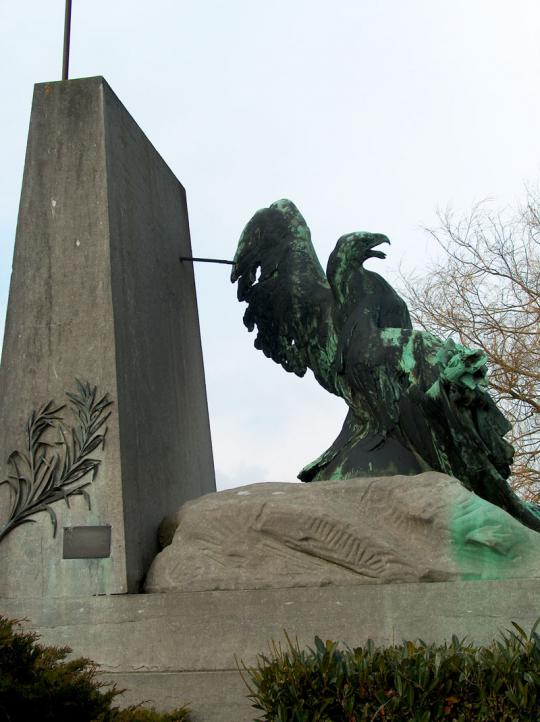 Monument van de gewonde arend